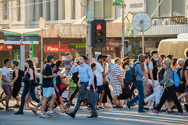iStock-melbourne-crossing-road-cbd-workers.jpg,0